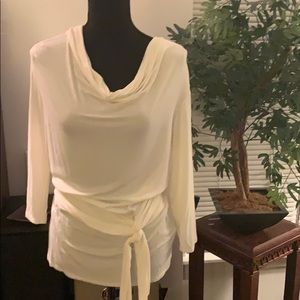 Tops - Casual Couture Cute white shirt